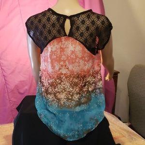 Chloe K blouse ❤